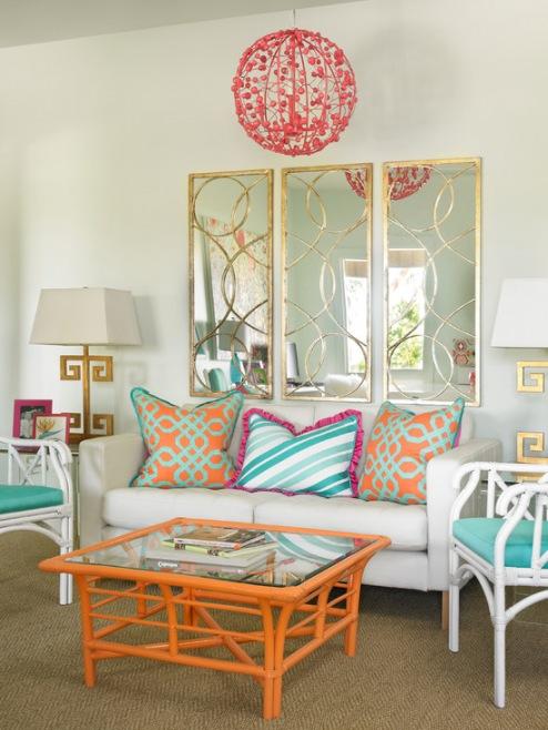 Aynalar odaların içine ışık ve derinlik getirirler. Güzel bir çerçeve, dekoratif ayrıntıları ve estetik çekiciliği ile aynalar sanattır. Onların gümüşümsü renkleri ve yansıtıcı güçleri ile odanın az ışık alması veya yetersiz alan gibi oda içi sorunları maskeleyebilirsiniz. Resim galerimizde 2014 modern salon ayna dekorasyonlarıyla ilgili fikirler alabilirsiniz.